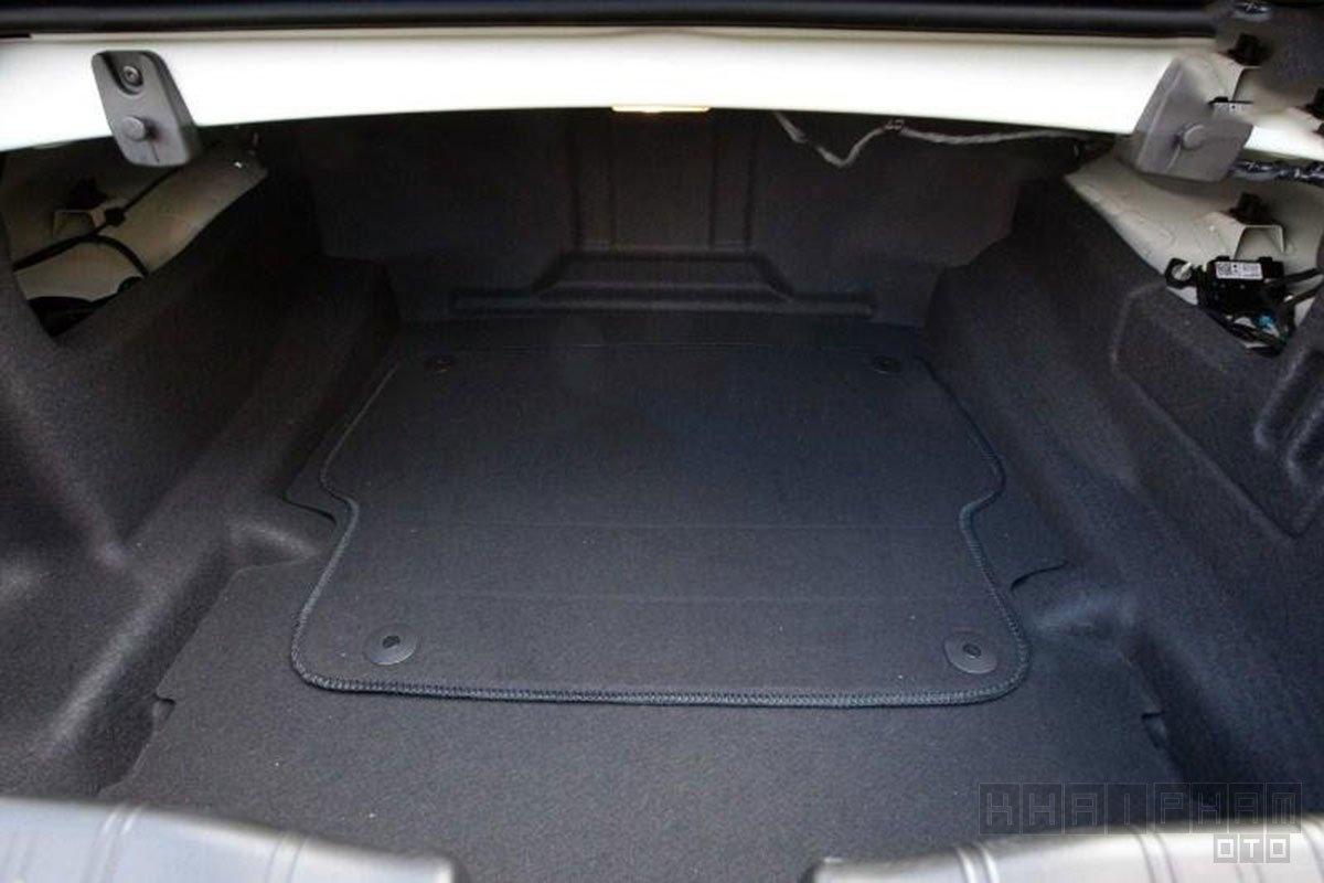 Khoang nội thất xe Chevrolet Camaro 2019