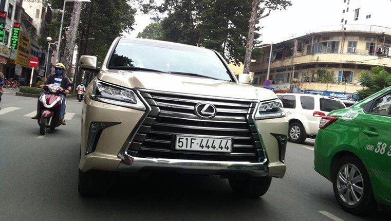 Đại gia Việt: Chơi xe Lexus LX570 đẳng cấp phải kèm biển siêu đẹp a7