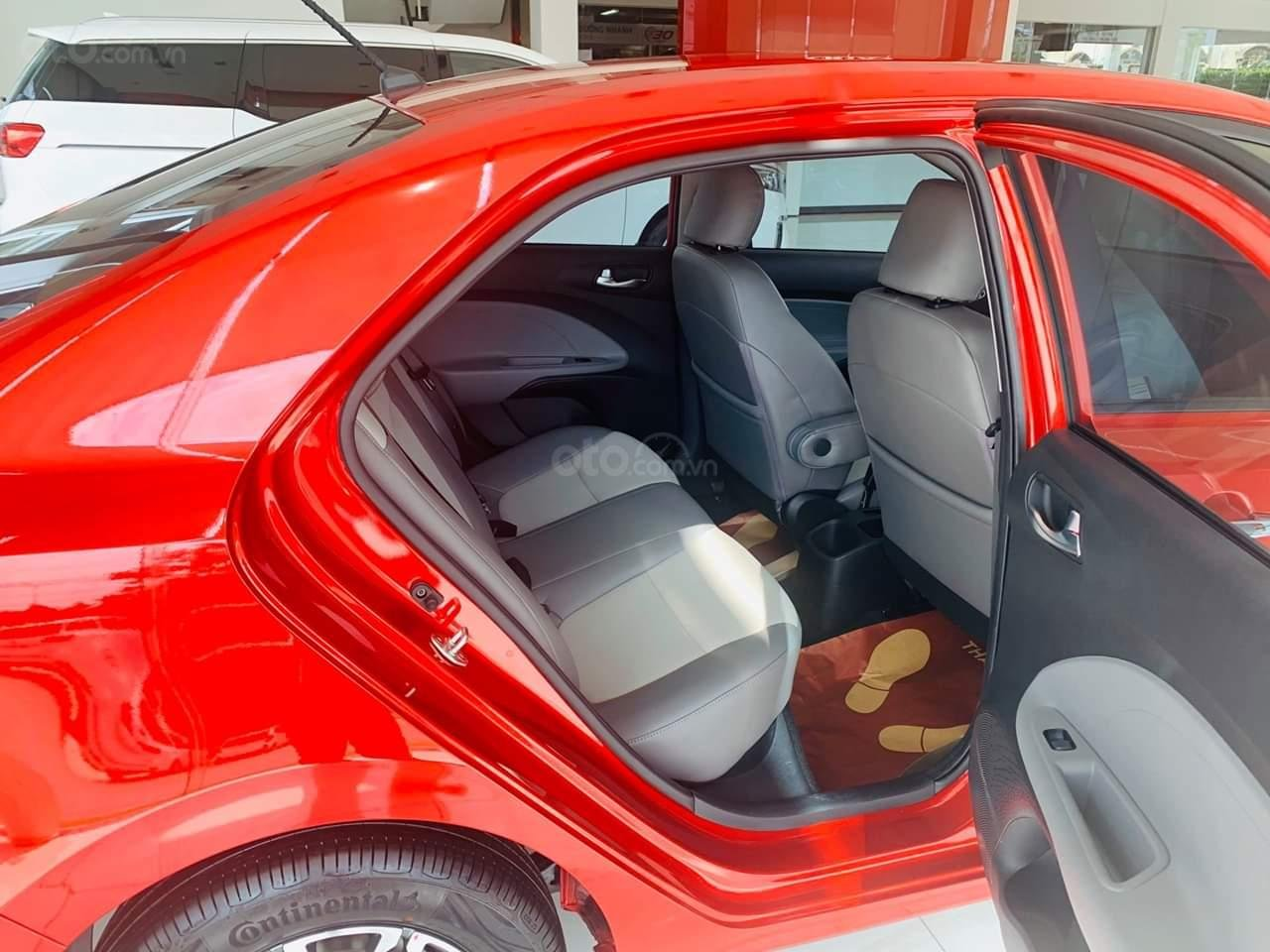 Kia Soluto 1.4 AT đời 2020, chỉ 128 triệu nhận xe- góp 5 triệu/tháng, giao xe ngay, LH: 0933.052.663 (10)