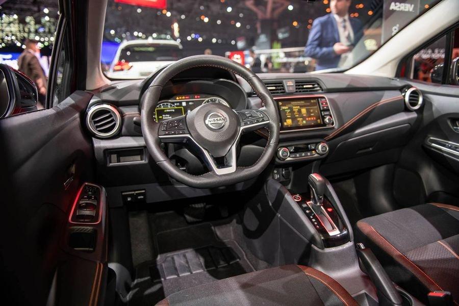 Nội thất và tiện nghi Nissan Sunny