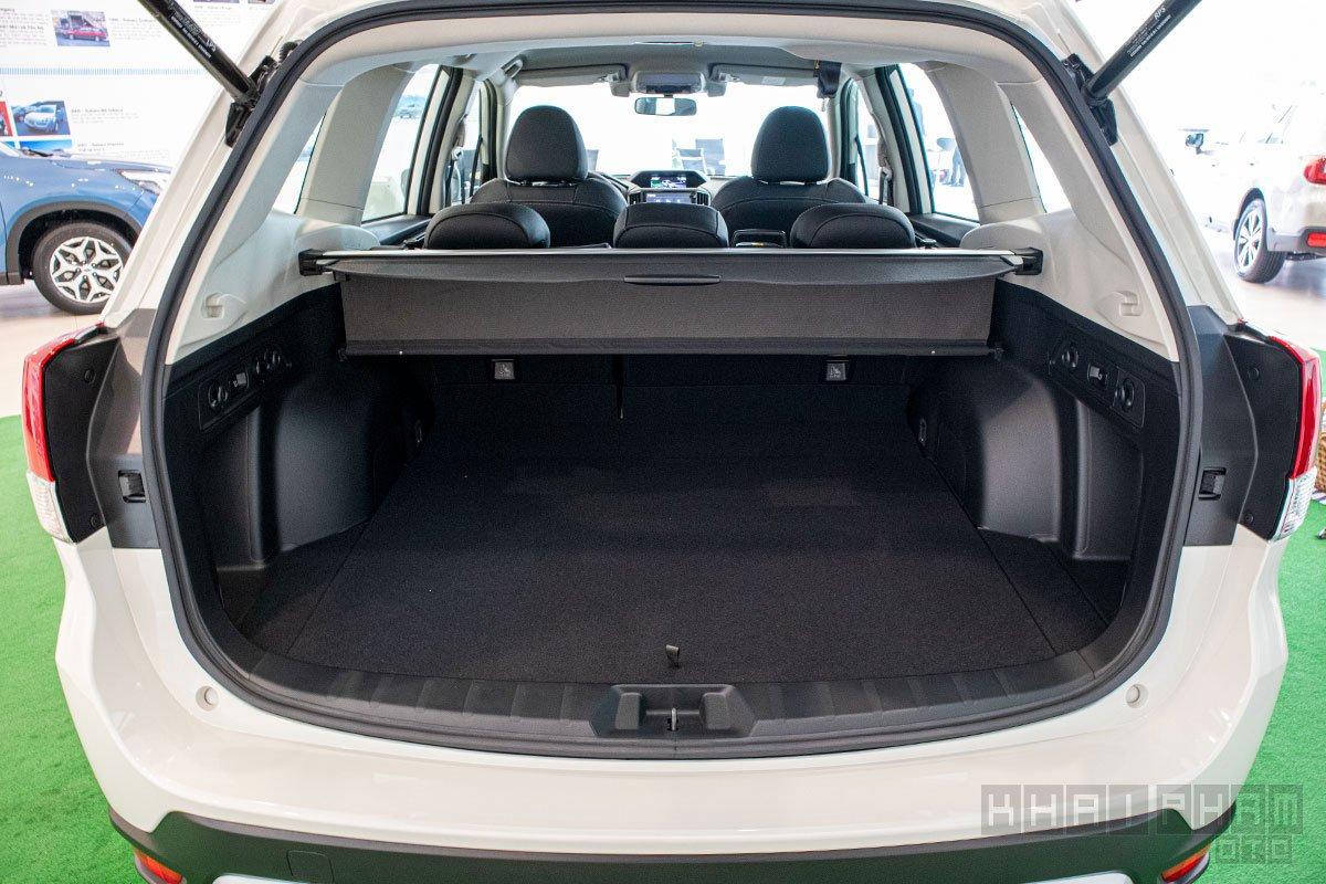 Ảnh chụp khoang hành lý xe Subaru Forester 2020
