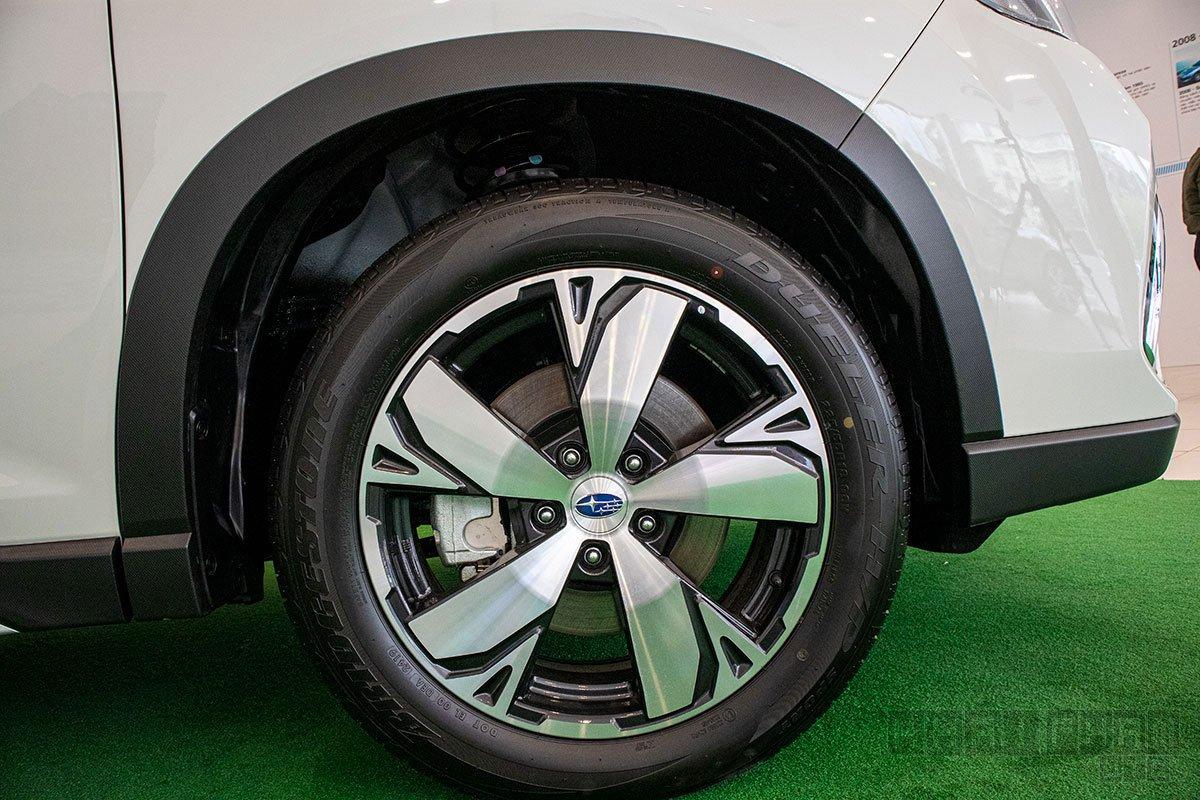 Ảnh chụp la-zăng xe Subaru Forester 2020