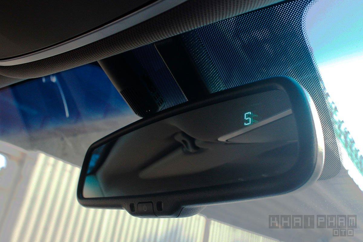Ảnh chụp Kính trong chống chói xe Hyundai Tucson 2020