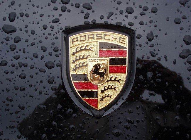 Quá trình hình thành và ý nghĩa logo xe Porsche a1