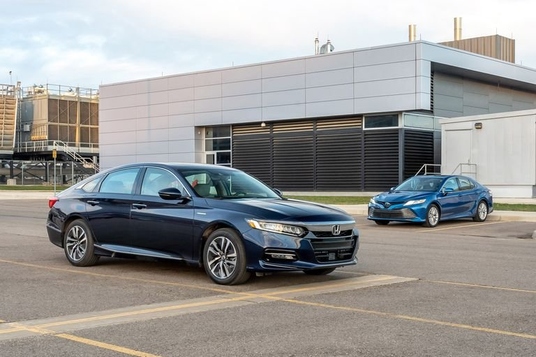 So sánh Honda Accord 2019 và Toyota Camry 2019 Hybrid