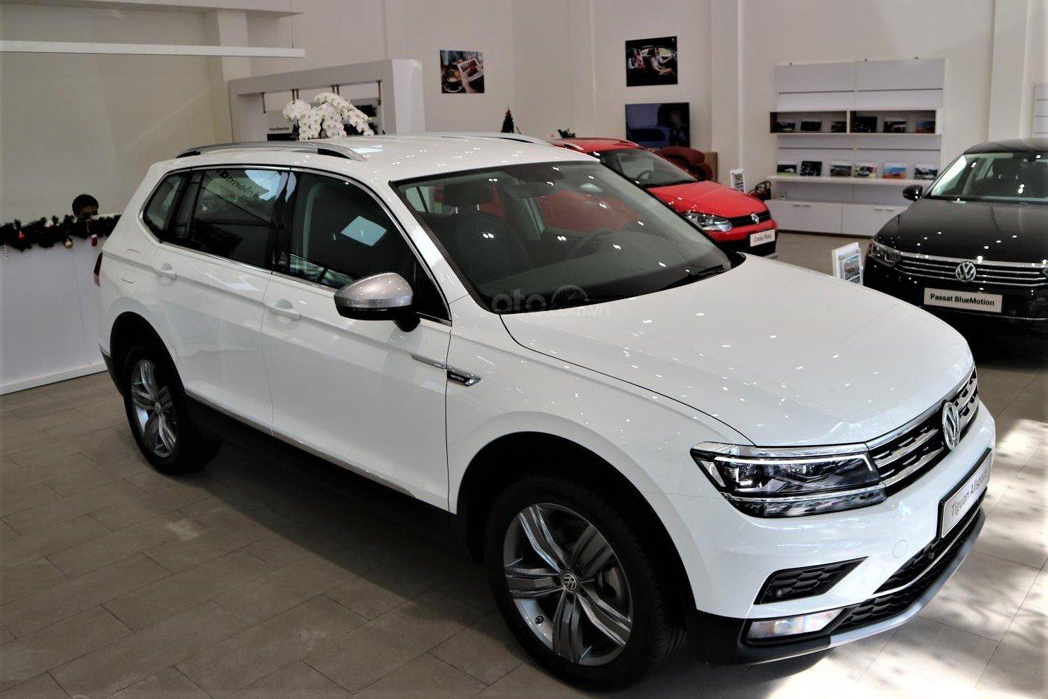 VW Tiguan Allspace Highline được ưu đãi 100% phí trước bạ trong tháng 02/2020 1