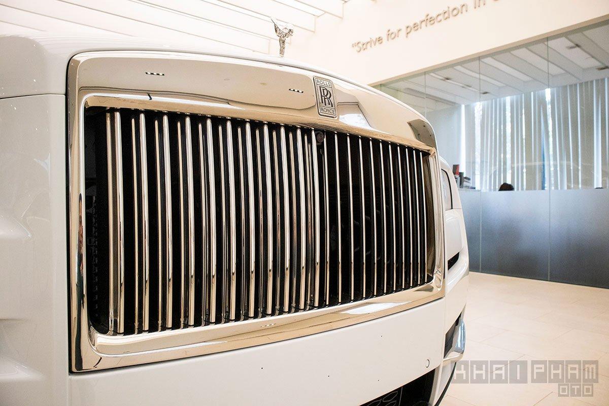 Lưới tản nhệt xe Rolls-Royce Cullinan