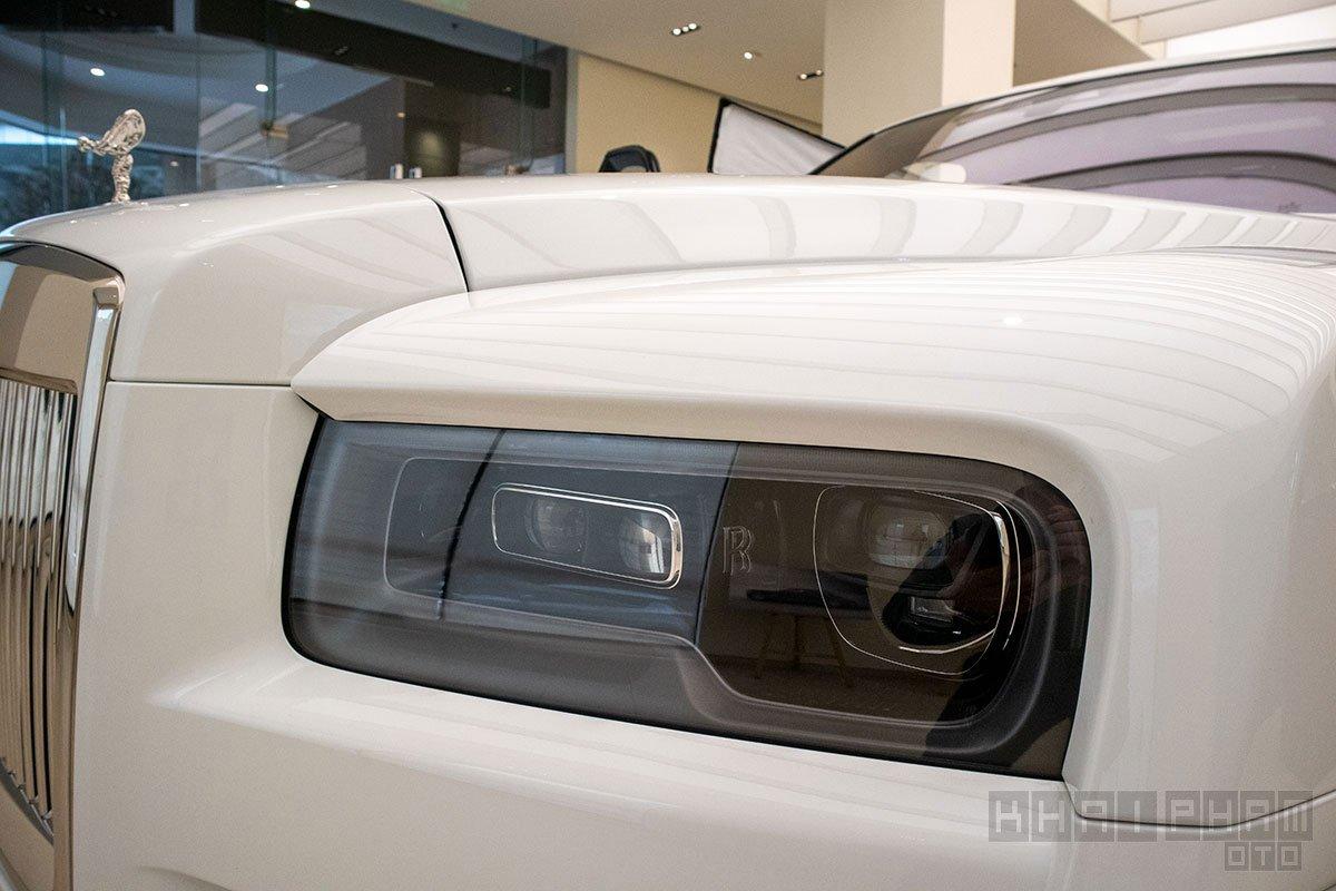 Hình ảnh đèn pha xe Rolls-Royce Cullinan