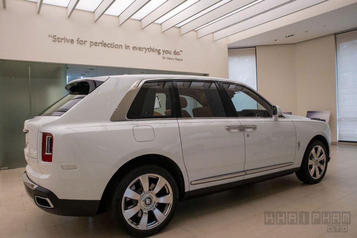 Thân xe Rolls-Royce Cullinan