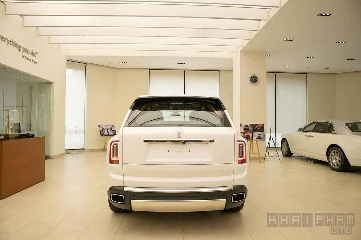Đuôi xe Rolls-Royce Cullinan