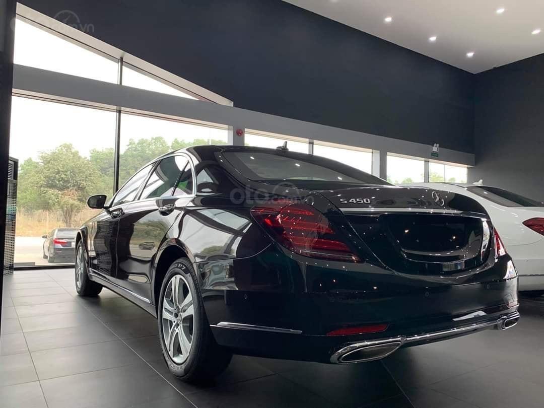 Bán Mercedes S450 2020 màu Ruby chính chủ siêu lướt tiết kiệm hơn mua xe mới 800tr (8)