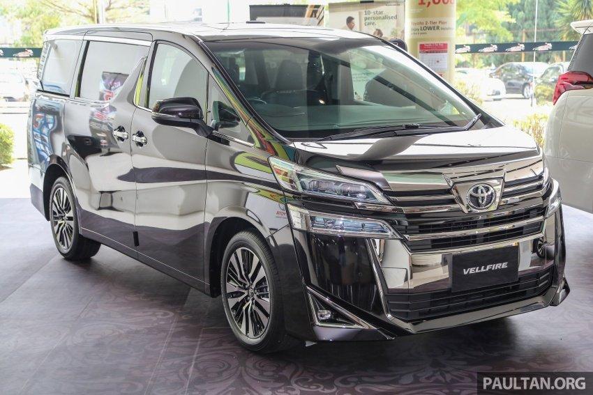 Toyota Alphard 2020 và Vellfire 2020 đều tăng nhẹ giá thành