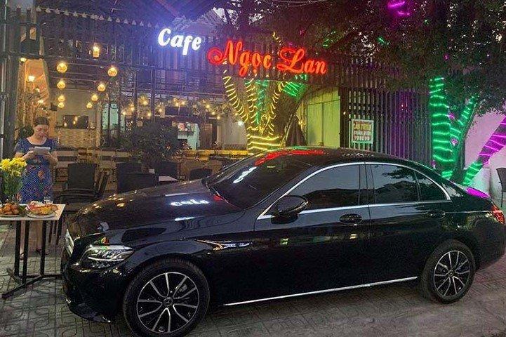 """""""Soi"""" chiếc Mercedes-Benz C200 mới cứng của tiền đạo U22 Tiến Linh a3"""