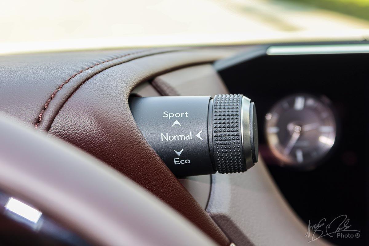 Đánh giá xe Lexus ES 250 2020: Xe có 3 chế độ lái.