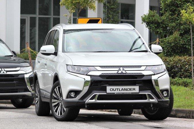 Mitsubishi Outlander 2020 tại thị trường Singapore 1