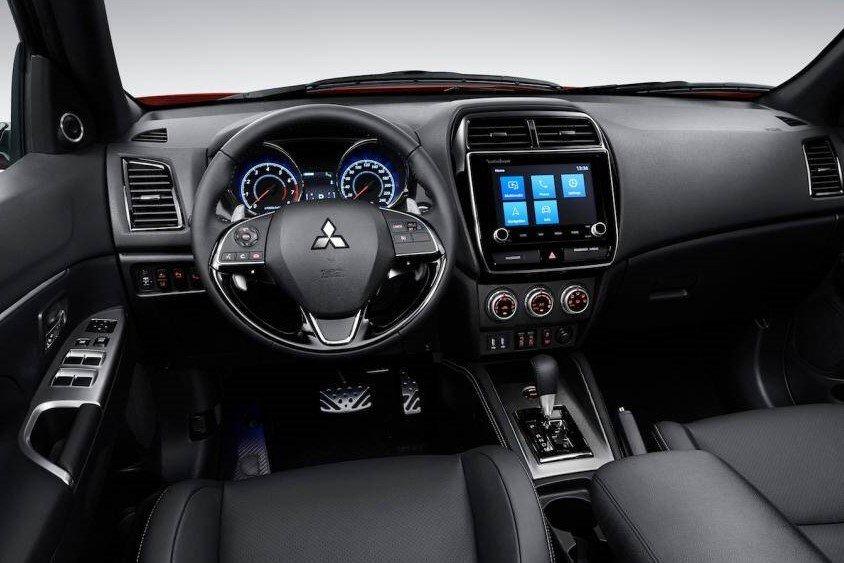 Nội thất Mitsubishi Outlander 2020 tại một số thị trường khác 1