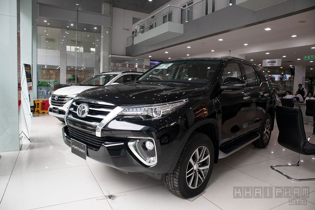 Đầu năm mới người Việt mua ô tô giảm, cả đại lý tư nhân và chính hãng đều than thở a5