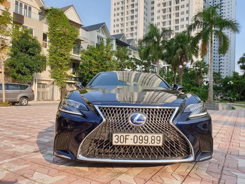 Cần bán gấp Lexus LS 500H sản xuất 2017, màu xanh lam, xe nhập (4)