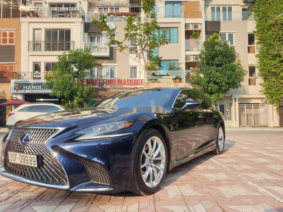 Cần bán gấp Lexus LS 500H sản xuất 2017, màu xanh lam, xe nhập (1)