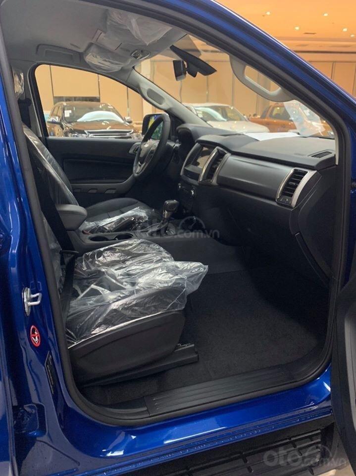Bán xe Ford Ranger năm sản xuất 2020, màu xanh lam, 799tr (4)
