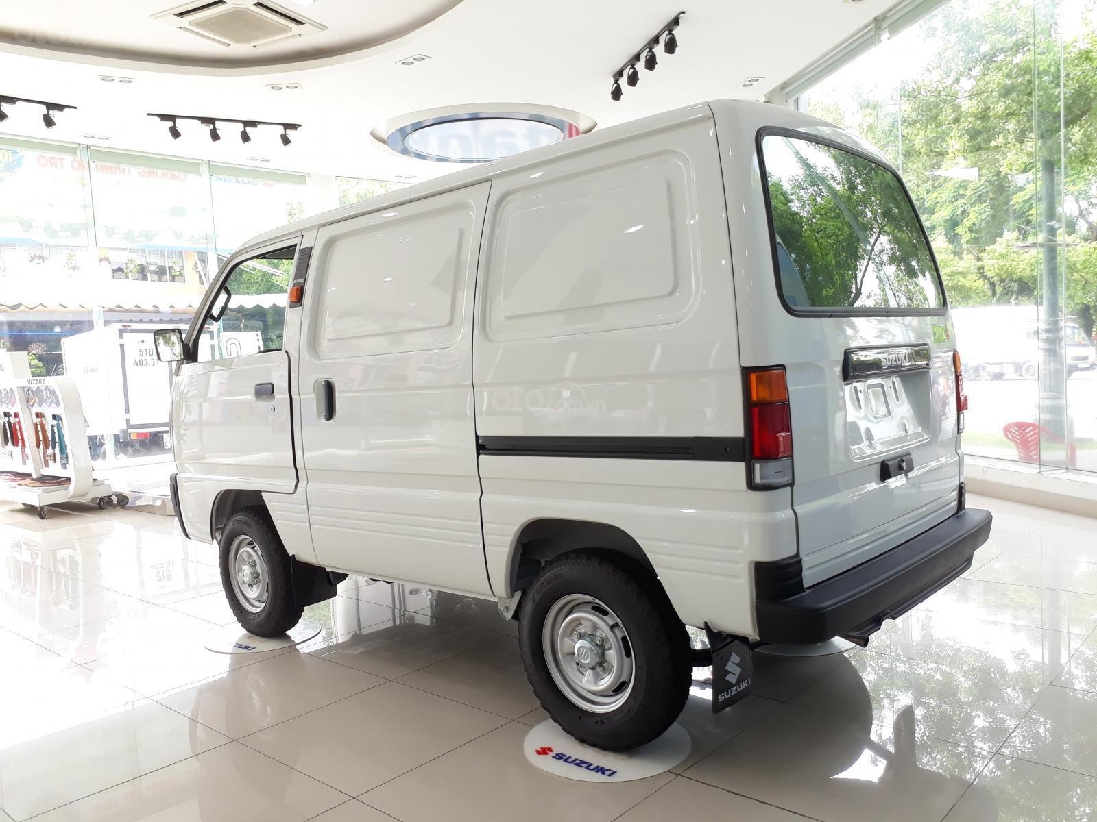 Xe tải Suzuki Blind Van 2020 chạy giờ cao điểm, giá ưu đãi 50% thuế trước bạ (3)