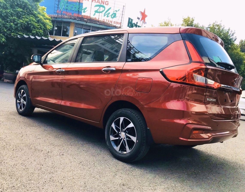 Suzuki Ertiga 2020 - ưu đãi 40 triệu trong tháng 5/2020 - liên hệ đặt xe ngay, hỗ trợ thử xe miễn phí - lái thử tận nơi (4)
