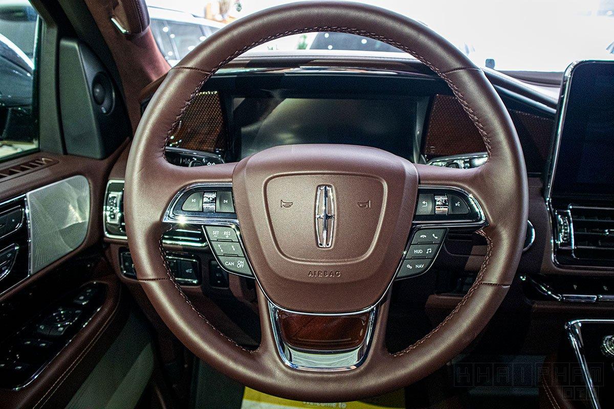 Chi tiết xe Lincoln Navigator Black Label 2020 giá hơn 8 tỷ đồng tại Việt Nam a18