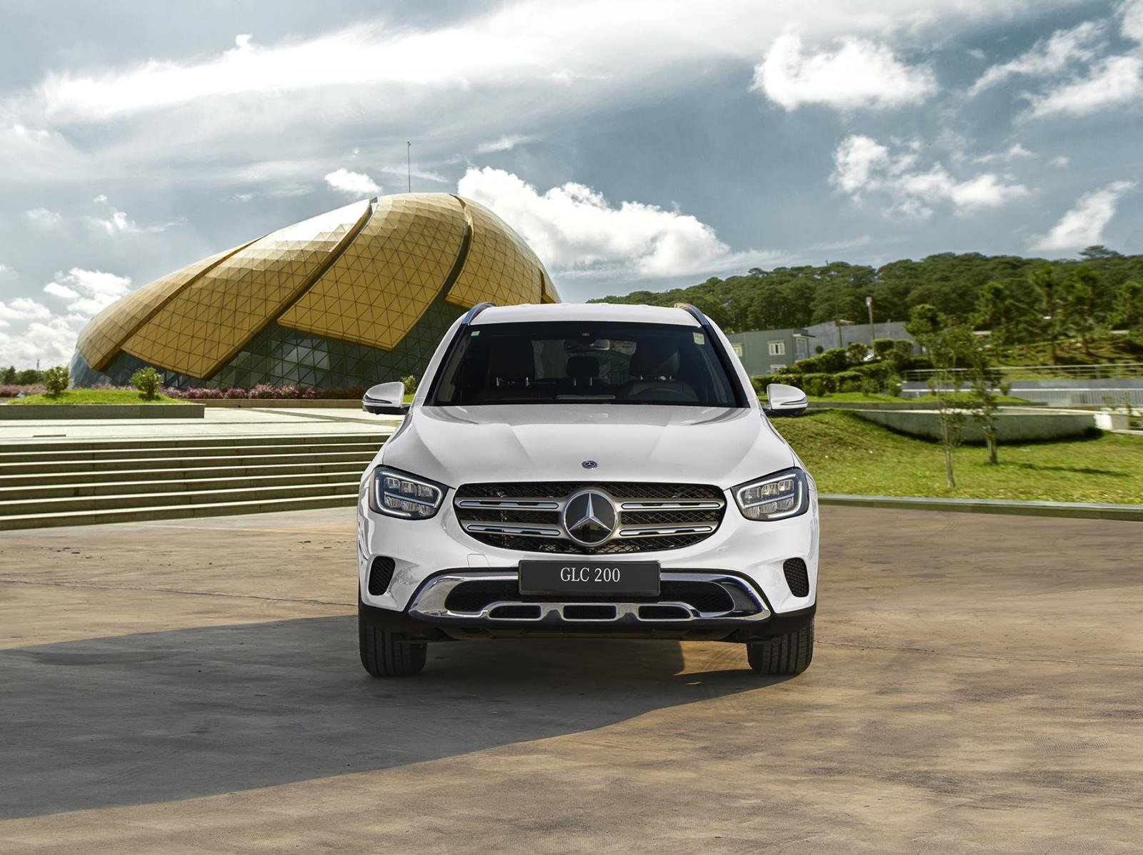 Mercedes-benz GLC 200 và GLC 200 4Matic 2020 chính thức ra mắt, giá từ 1,749 tỷ đồng a2