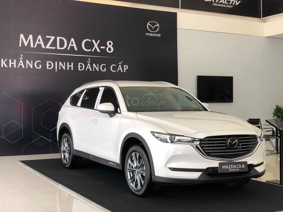 Mazda CX-8 giảm 100tr tiền mặt, trả trước 390 triệu nhận xe ngay tại Mazda Thảo Điền (1)