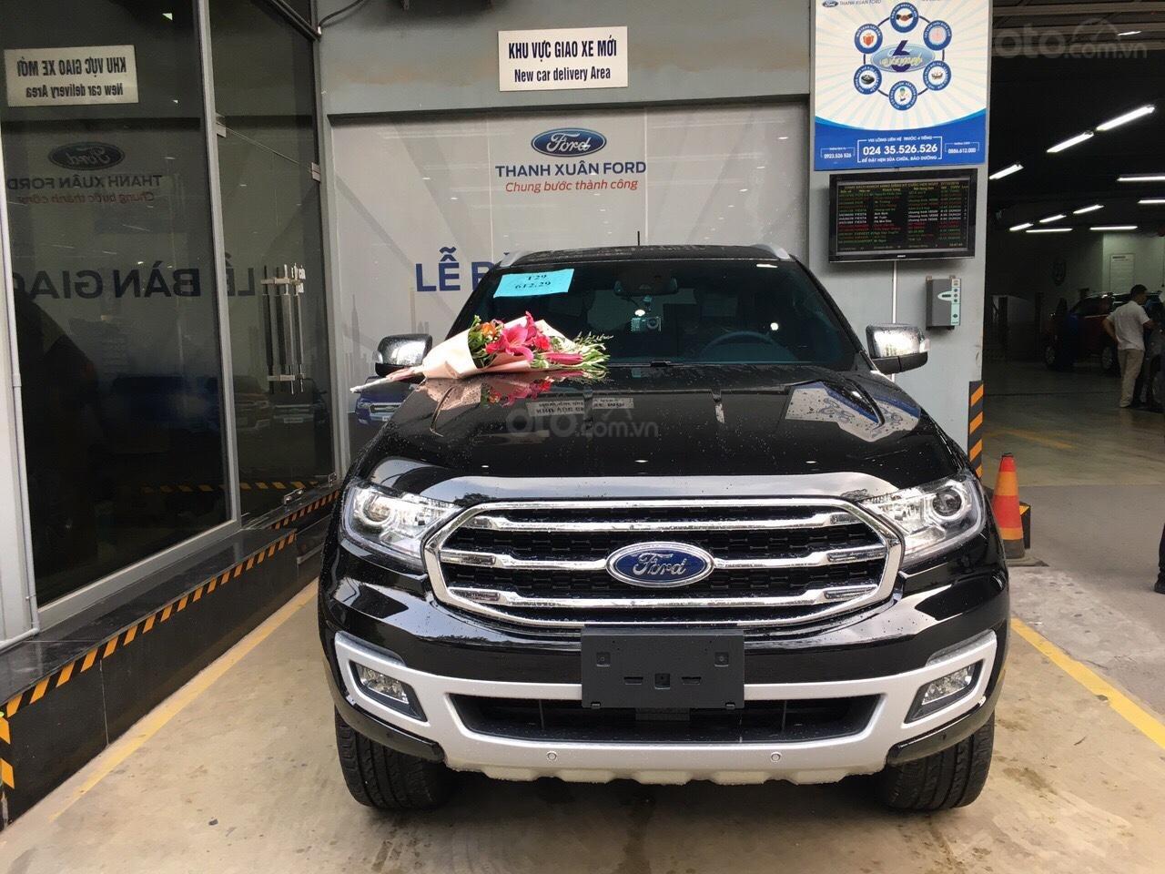 Ford Everest đầy đủ các phiên bản, màu sắc, giảm giá, khuyến mãi nhiều phụ kiện (4)