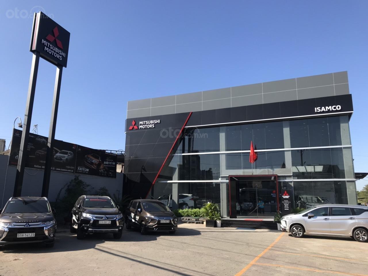 Mitsubishi Isamco Bình Triệu (1)