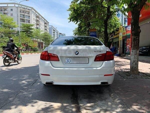 Cần bán BMW 5 Series 520i sản xuất năm 2012, màu trắng, xe nhập (7)