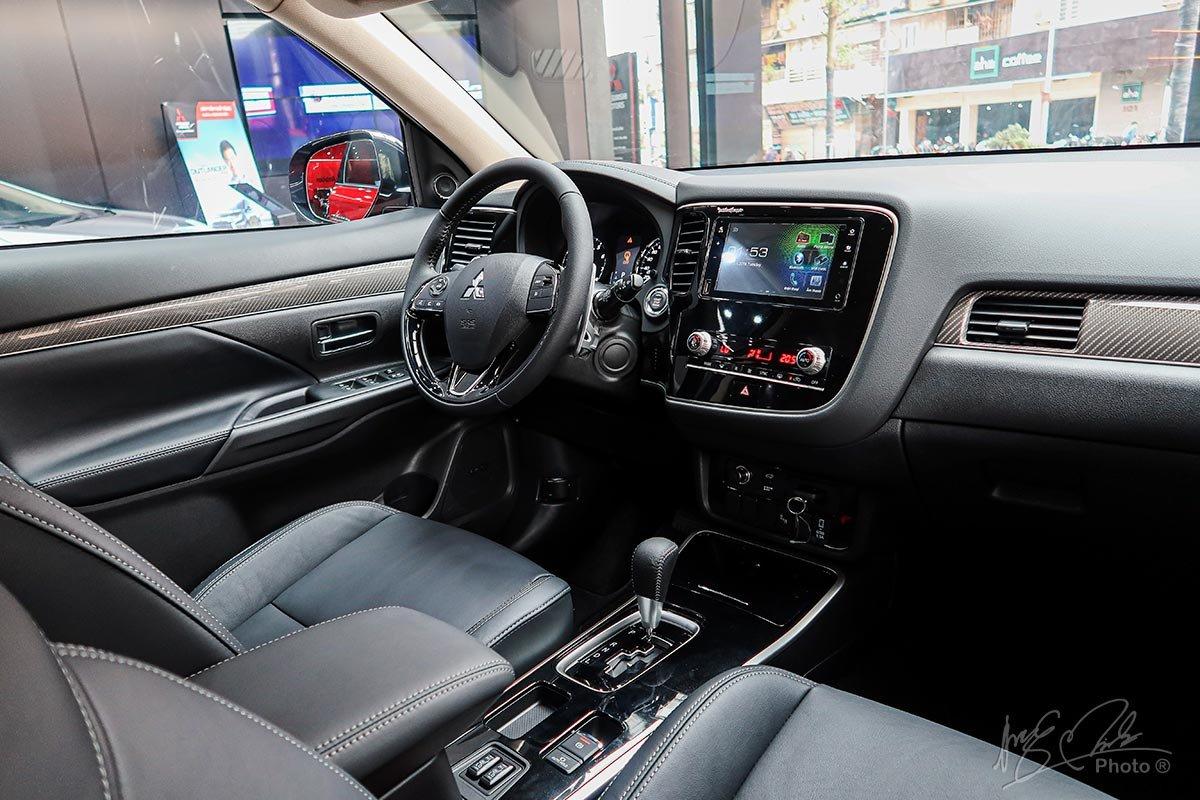 Thông số kỹ thuật xe Mitsubishi Outlander 2020 4a