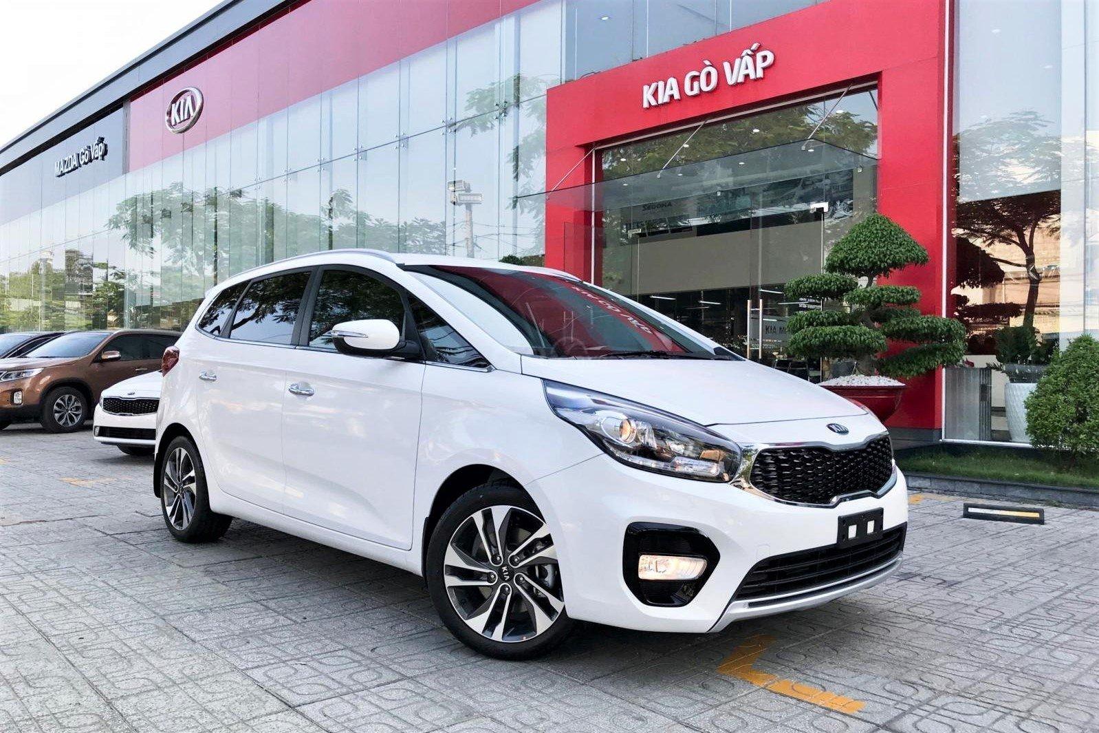Kia Rondo 2020 tại Việt Nam hiện nay 1