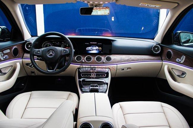 Nội thất Mercedes Benz E200