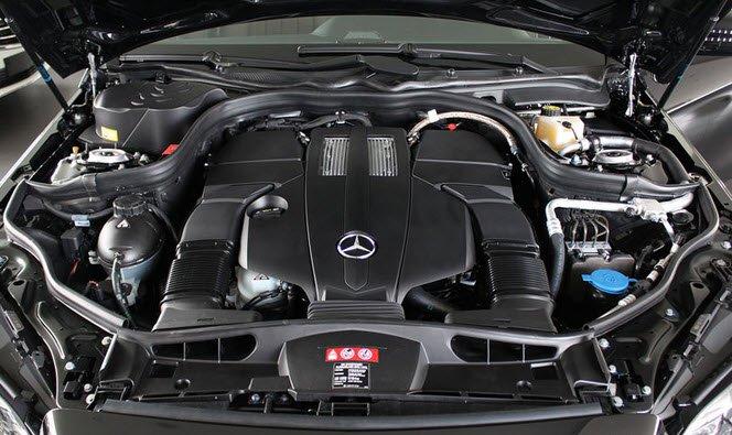 Động cơ xe Mercedes Benz E200