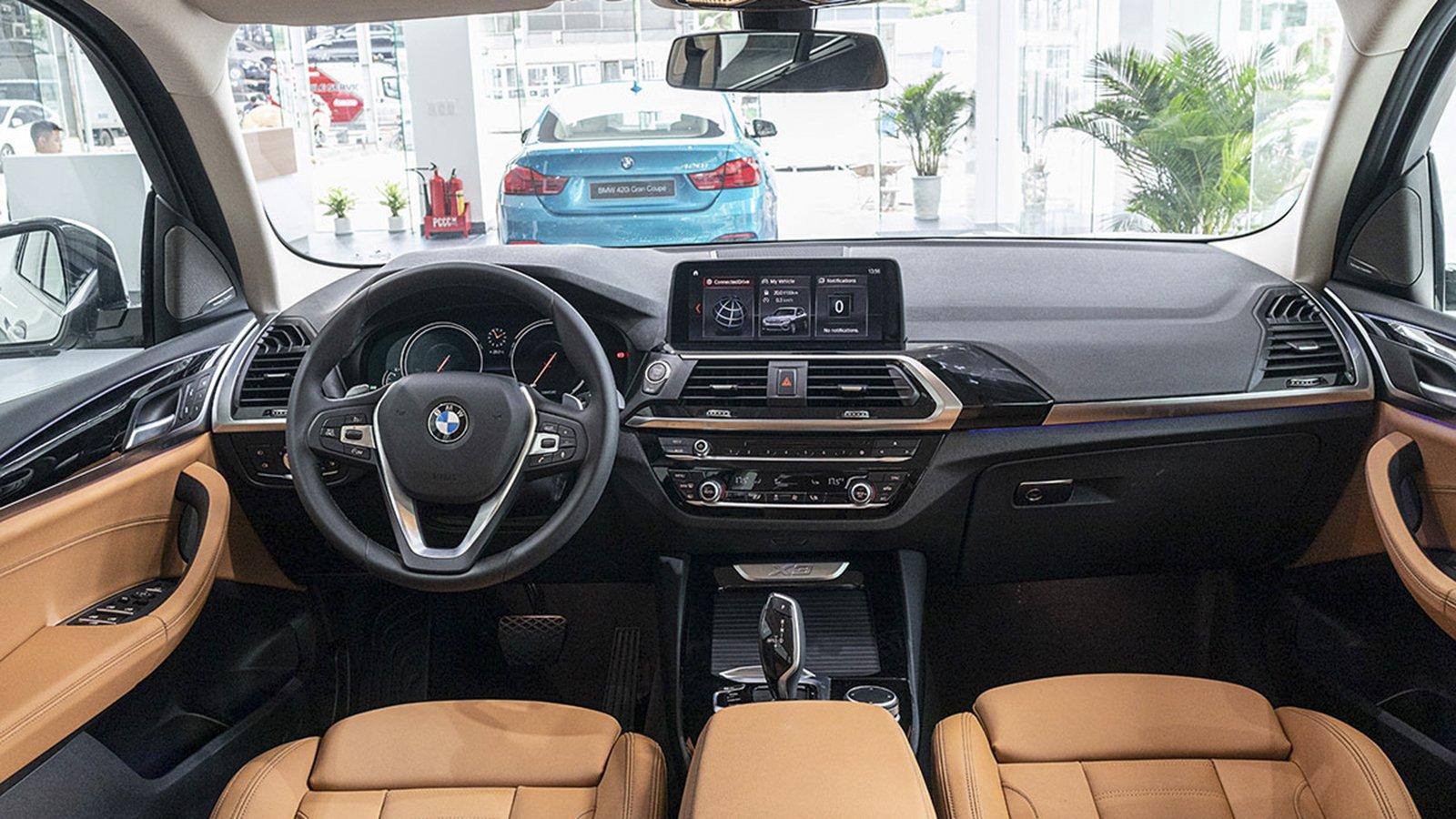 Ảnh chụp nội thất xe BMW X3 2020