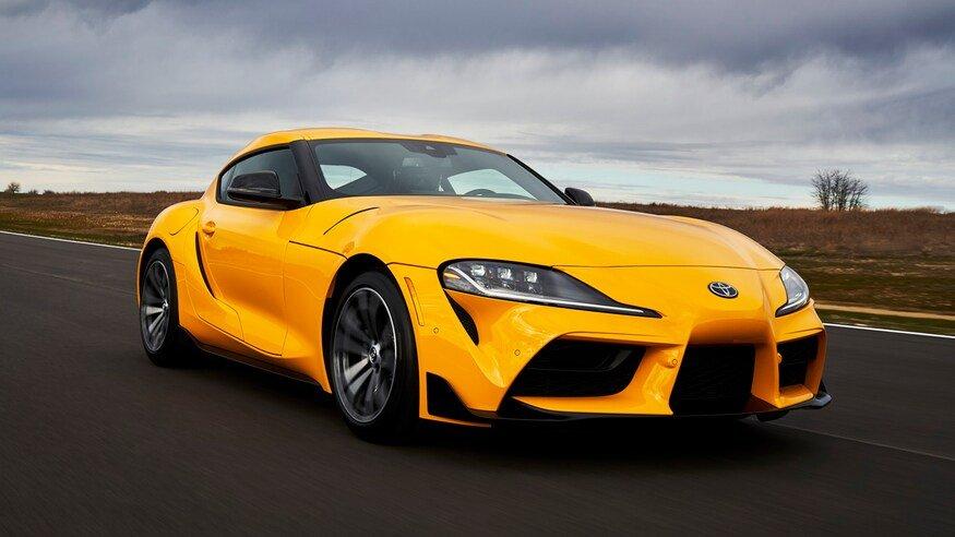 Toyota Supra 2021 thay đổi nhiều so với dòng 2020.