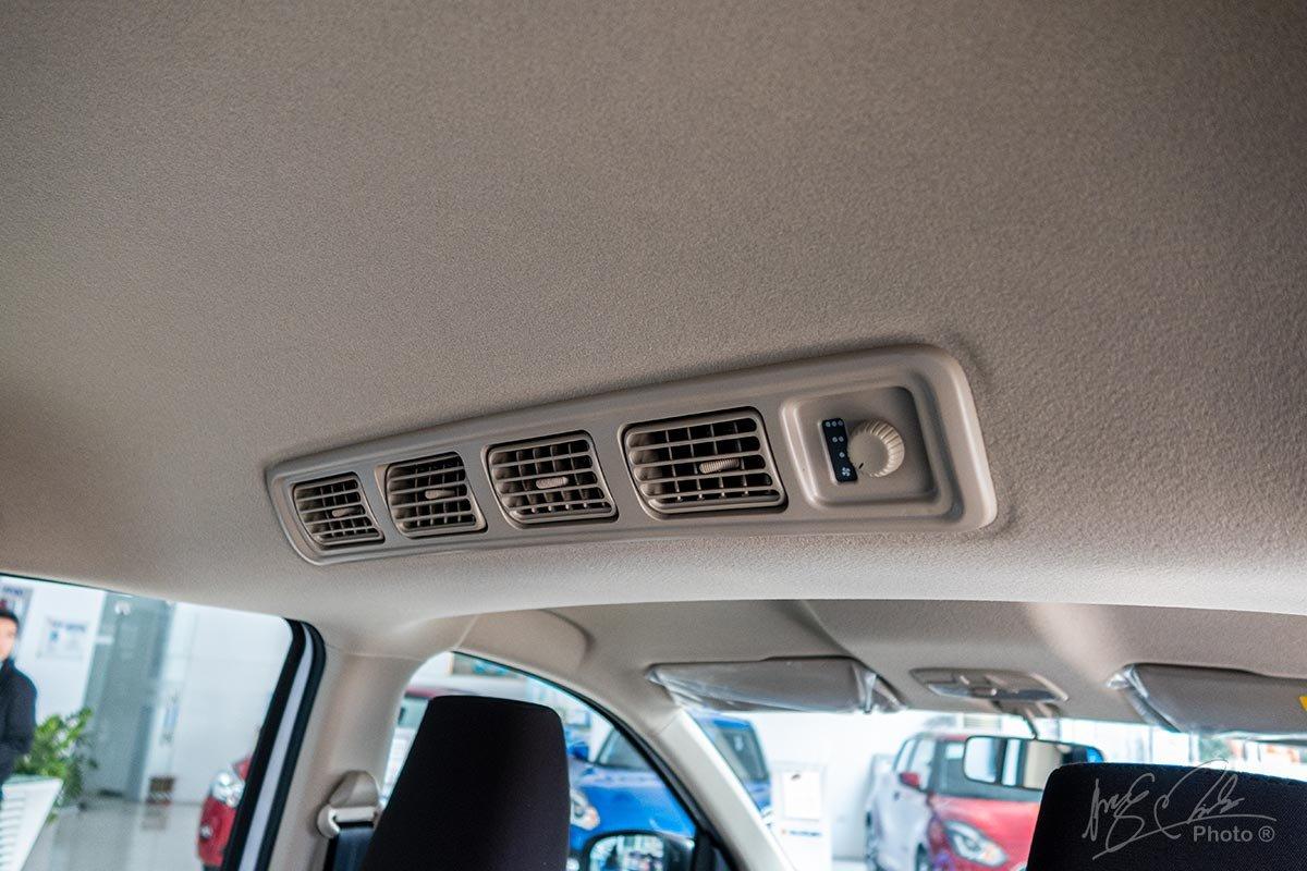 Đánh giá xe Suzuki Ertiga 2020: Dàn lạnh cho hàng ghế thứ 2.