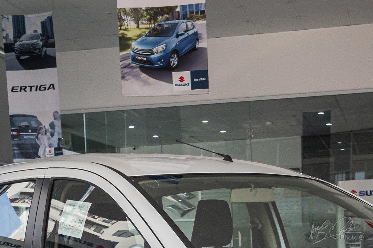 Đánh giá xe Suzuki Ertiga 2020: Ăng ten râu của xe.