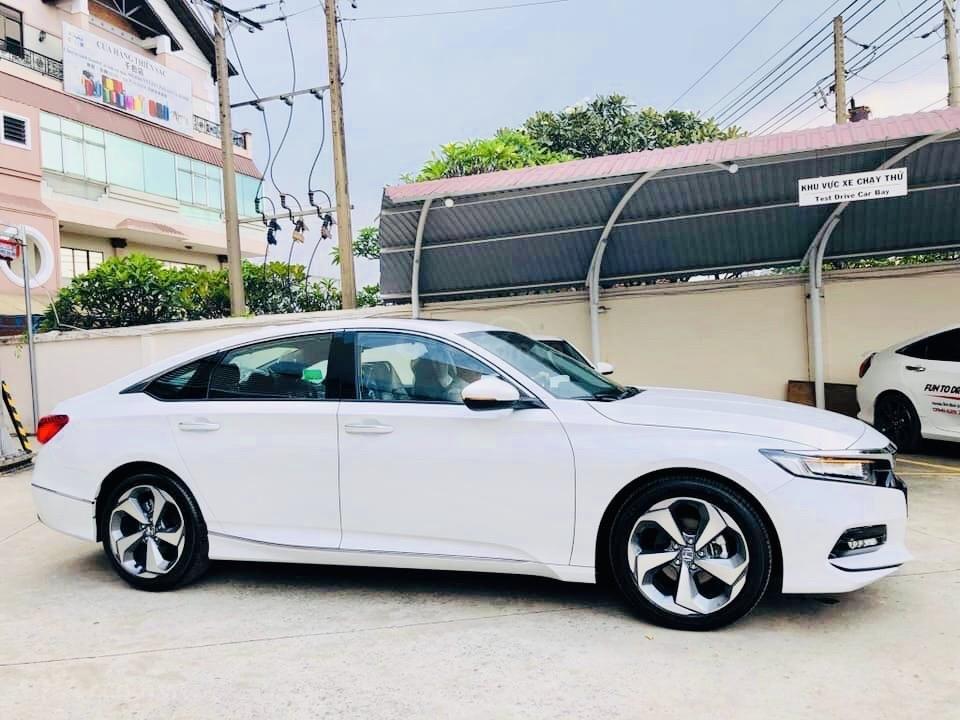 Honda Accord 2020 đủ màu, giao ngay, giảm tiền mặt khủng, hỗ trợ thuế trước bạ, nhận xe chỉ với 390tr (14)