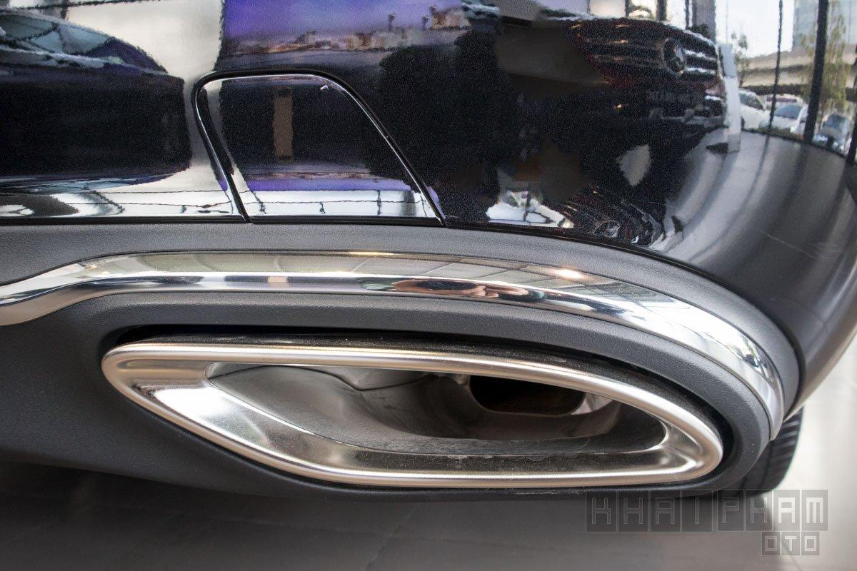 Ảnh chụp ỐNG XẢ xe Mercedes-Benz E 200 Exclusive 2020