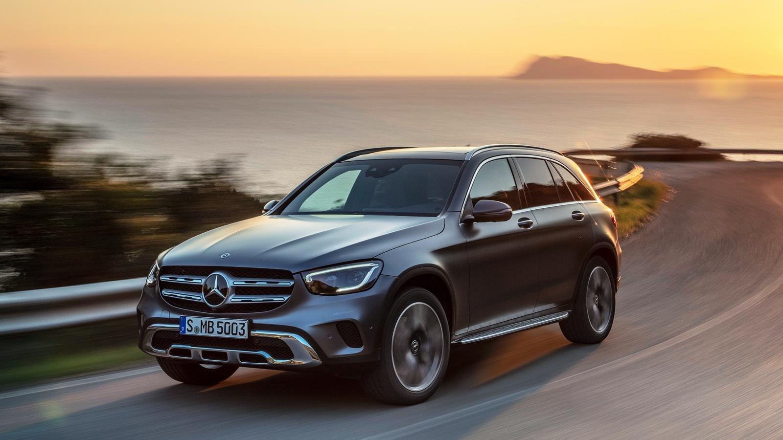 Giá xe Mercedes-Benz GLC