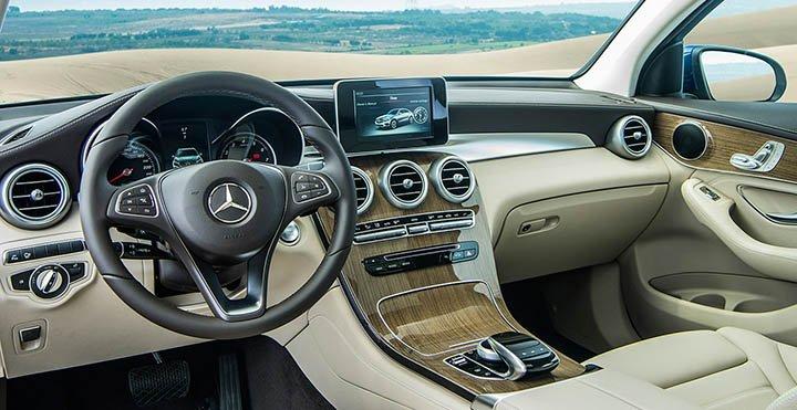 Nội thất xe Mercedes-Benz GLC