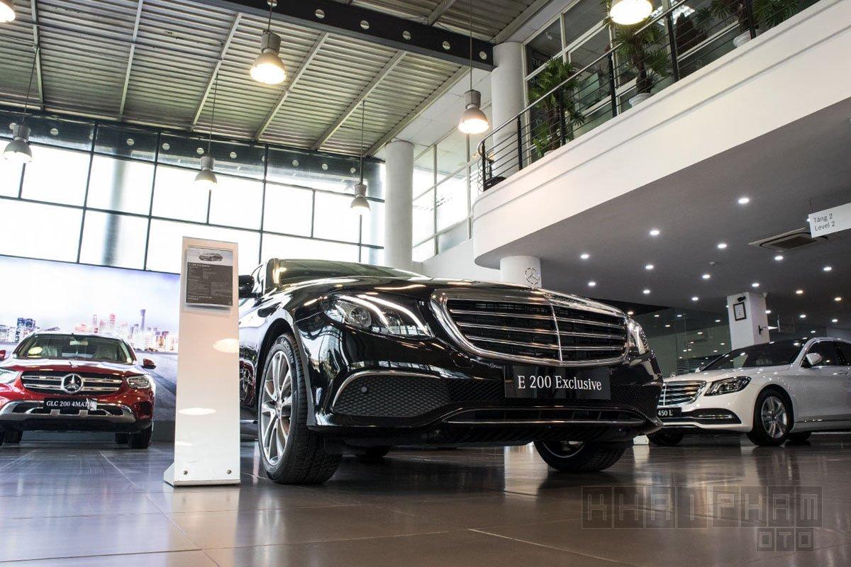 Ảnh chụp trước xe Mercedes-Benz E 200 Exclusive 2020