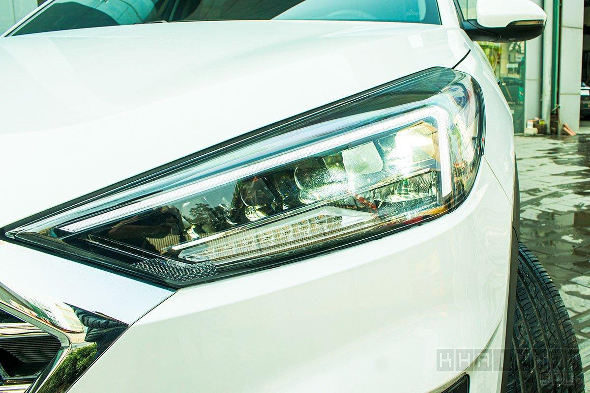Hình ảnh đèn pha xe Hyundai Tucson 2020: