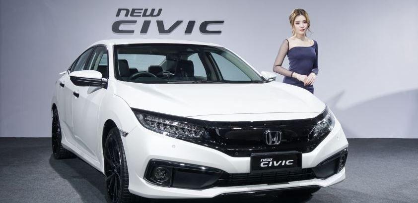 Honda Civic 2020 facelift chính thức ra mắt, đề giá từ 625 triệu đồng.
