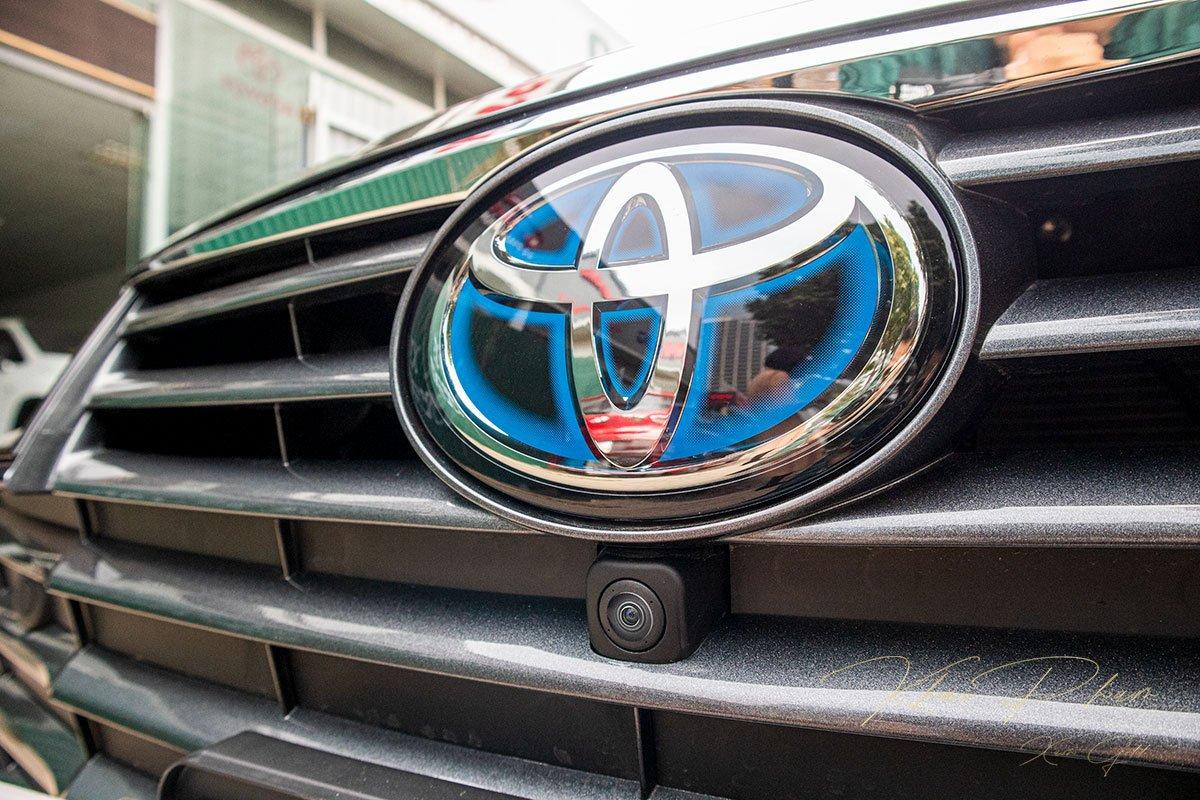 Ảnh chụp Camera quan sát trước xe Toyota Avalon 2020
