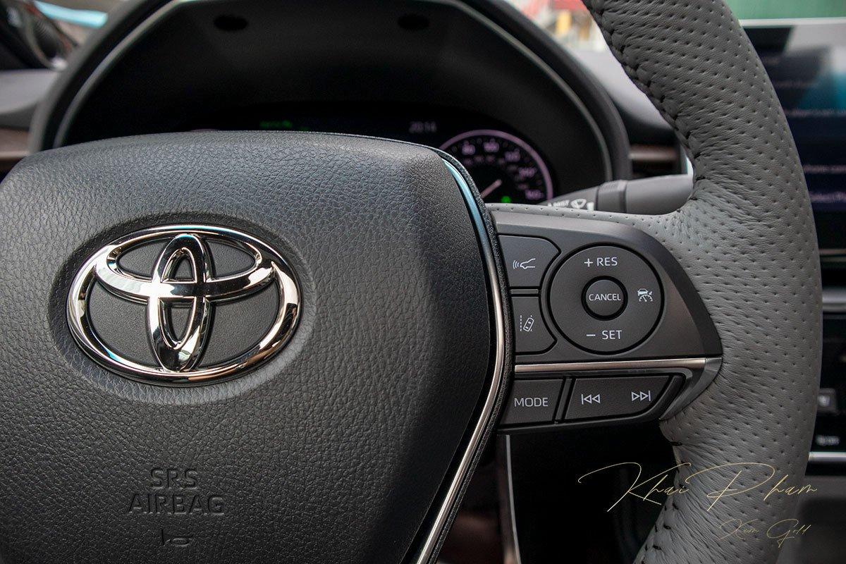 Ảnh chụp nút bấm điều chỉnh xe Toyota Avalon 2020