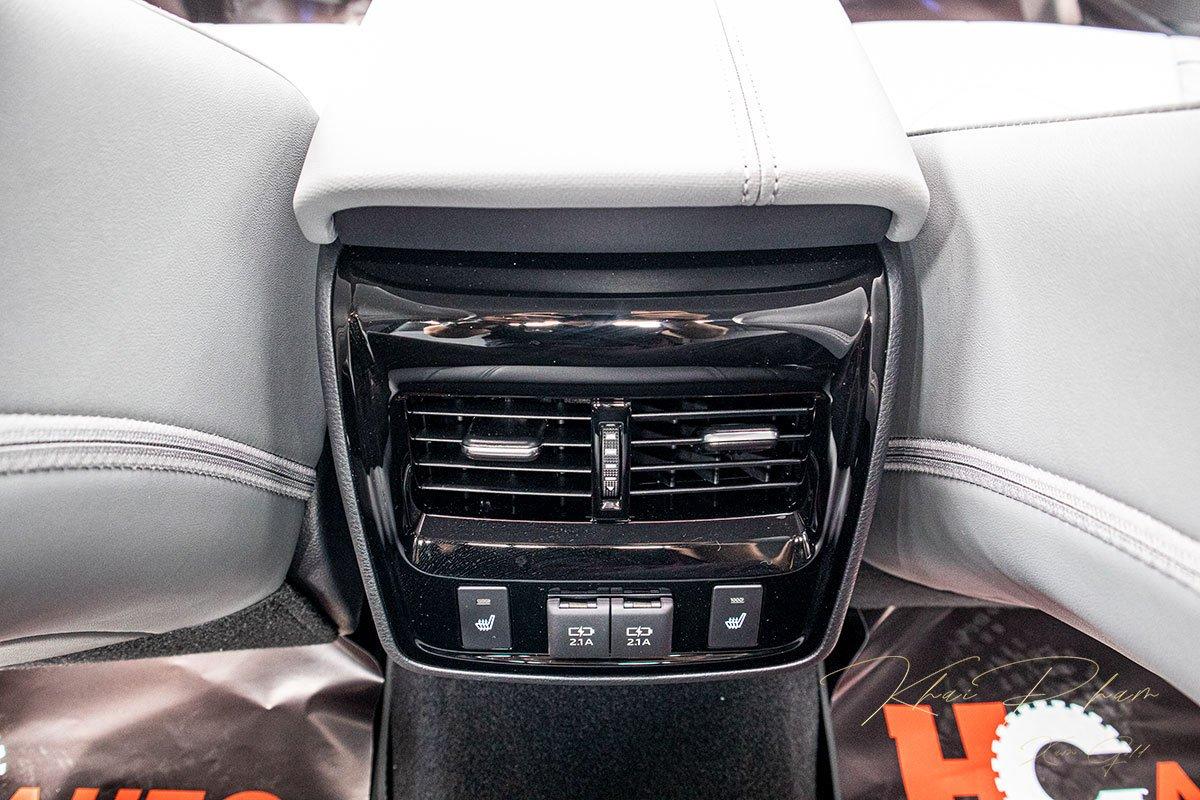 Ảnh chụp Cửa gió điều hoà xe Toyota Avalon 2020
